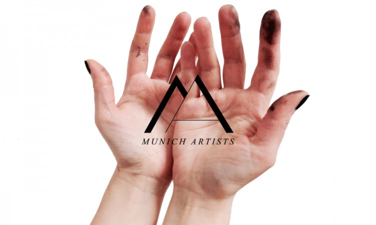SteffiK_portfolio_MunichArtists_Hands